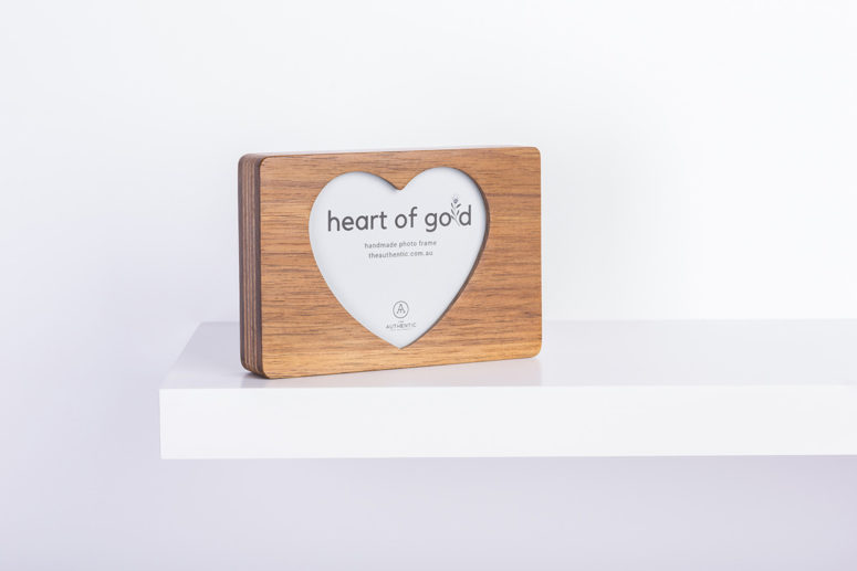Heart of Gold - Tasmanian Blackwood - M - side details - handmade by The Authentic