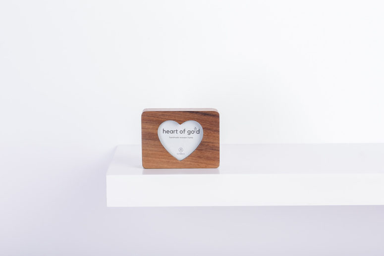 Heart of Gold - Tasmanian Blackwood - S - handmade by The Authentic