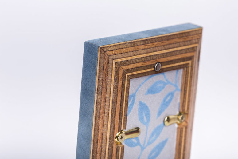 Little Frame - Portrait - back detail 2 - Handmade by The Authentic