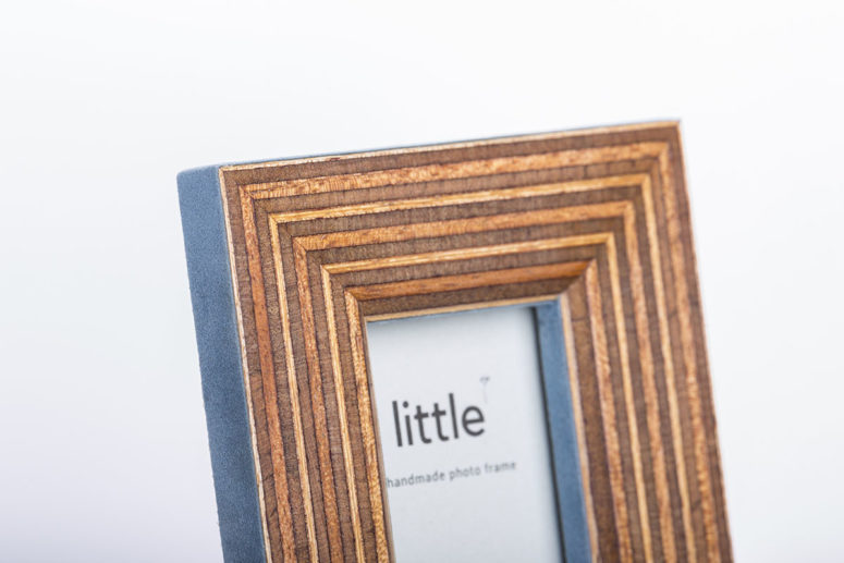 Little Frame - Portrait - top detail - Handmade by The Authentic